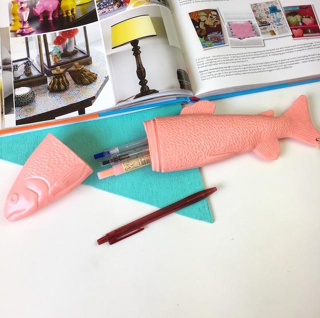 再入荷!Fish Case!! L  (salmon pink )