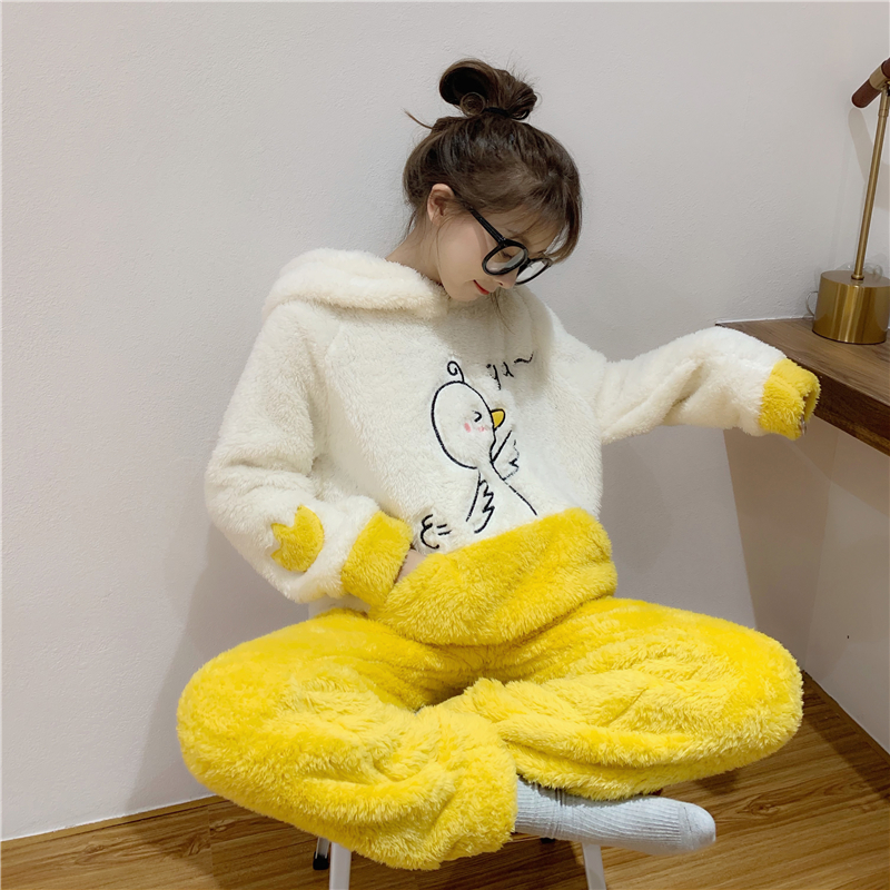 【パジャマ】2点セット長袖裏起毛暖キュートパジャマ24384056