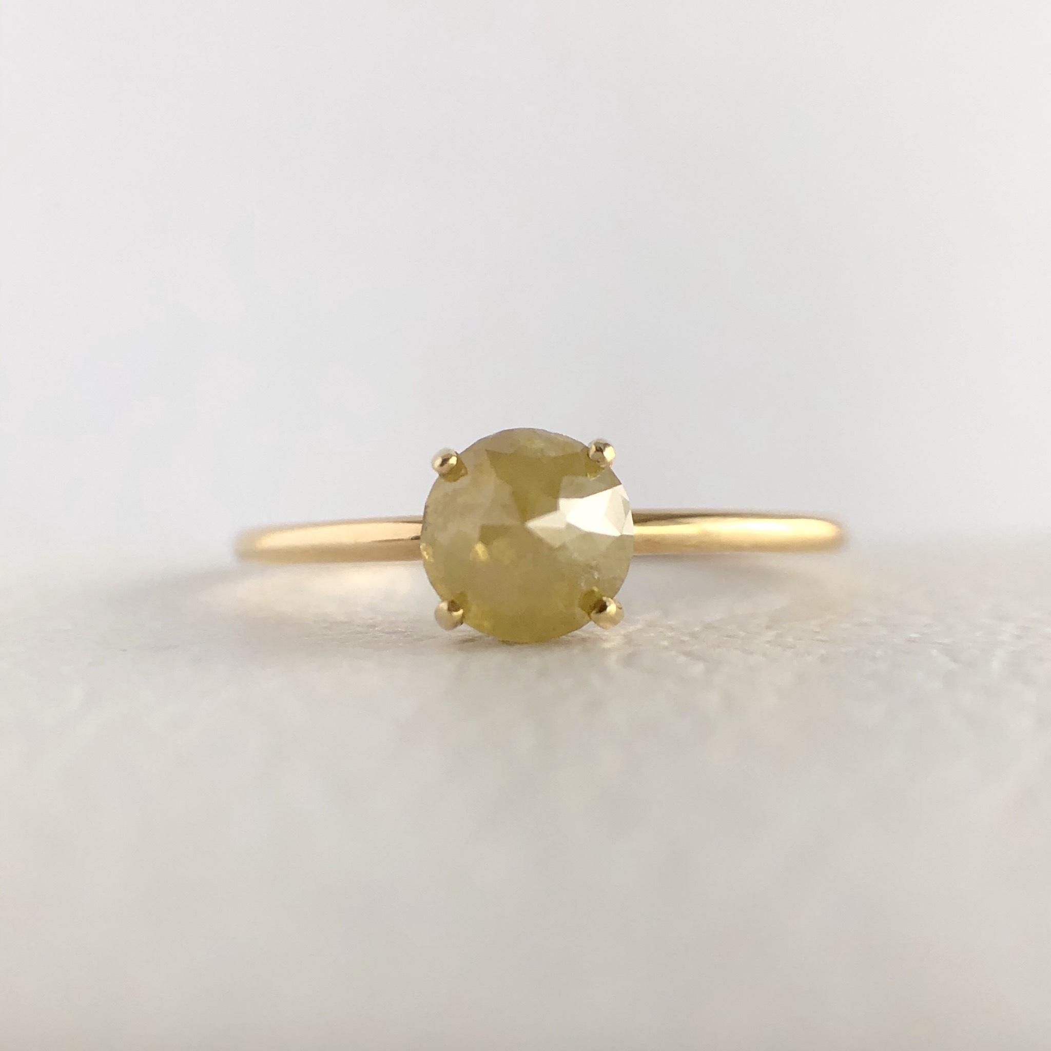 ナチュラルダイヤモンド リング 0.65ct K18イエローゴールド チェカ 鑑別書付
