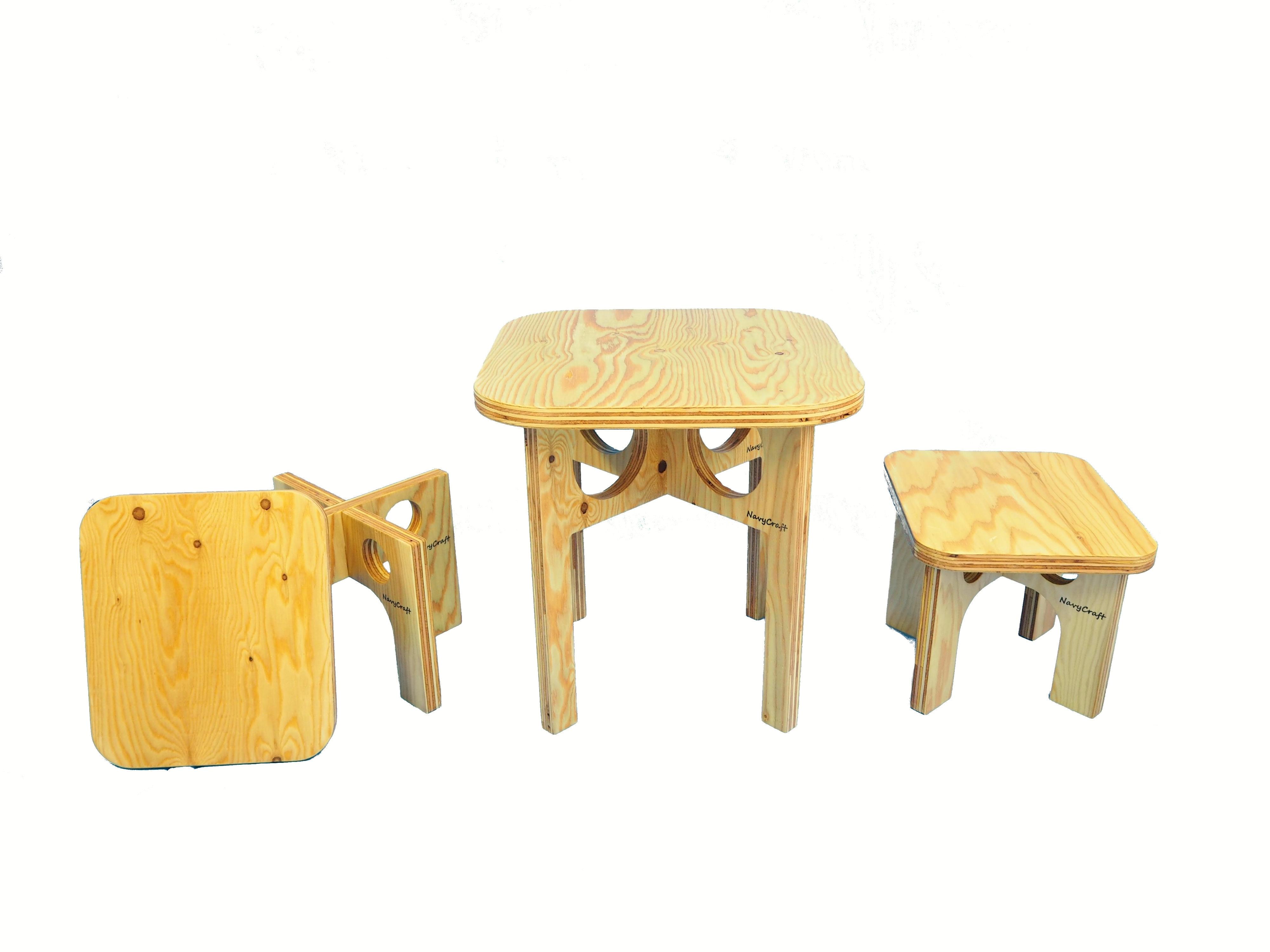 折りたたみ木製テーブル&チェア
