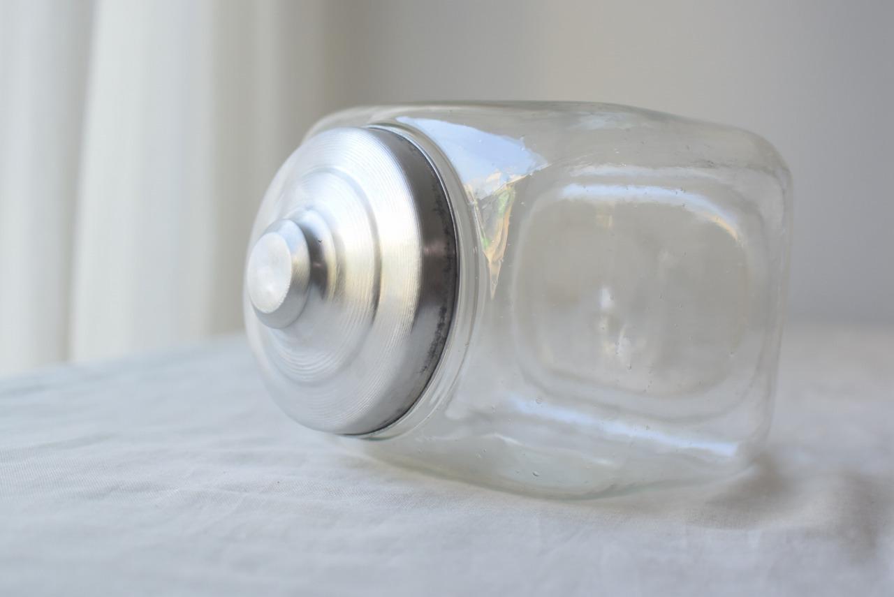 珍しいサイズのガラス瓶