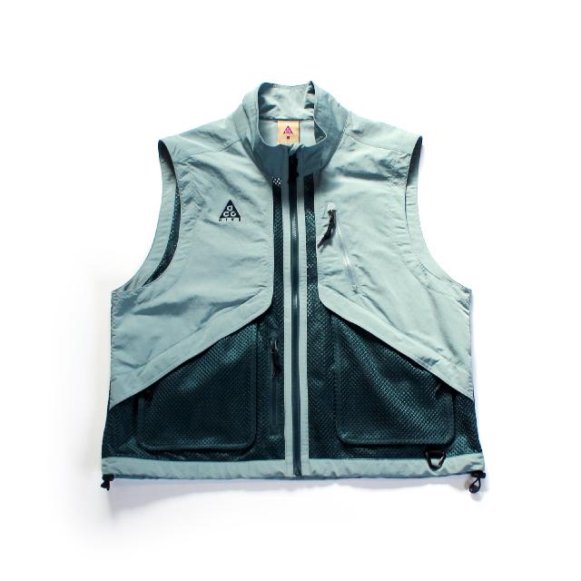 USED / NIKE ACG Vest