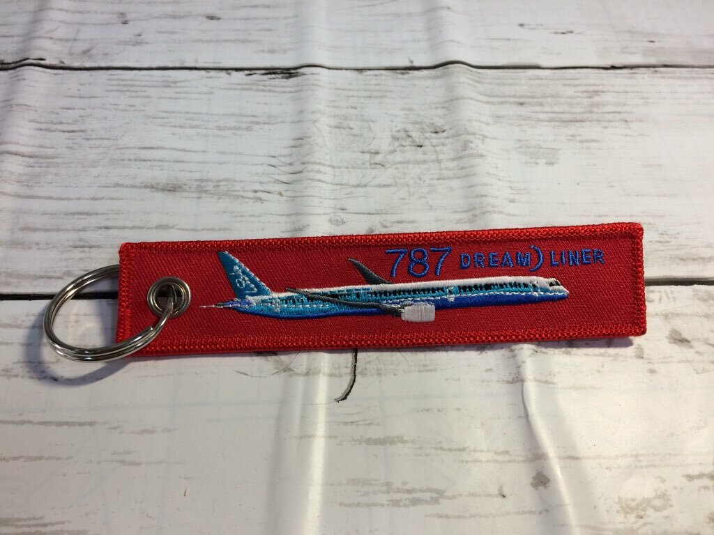 REMOVE BEFORE FLIGHTキーホルダー/787 DREAM LINER