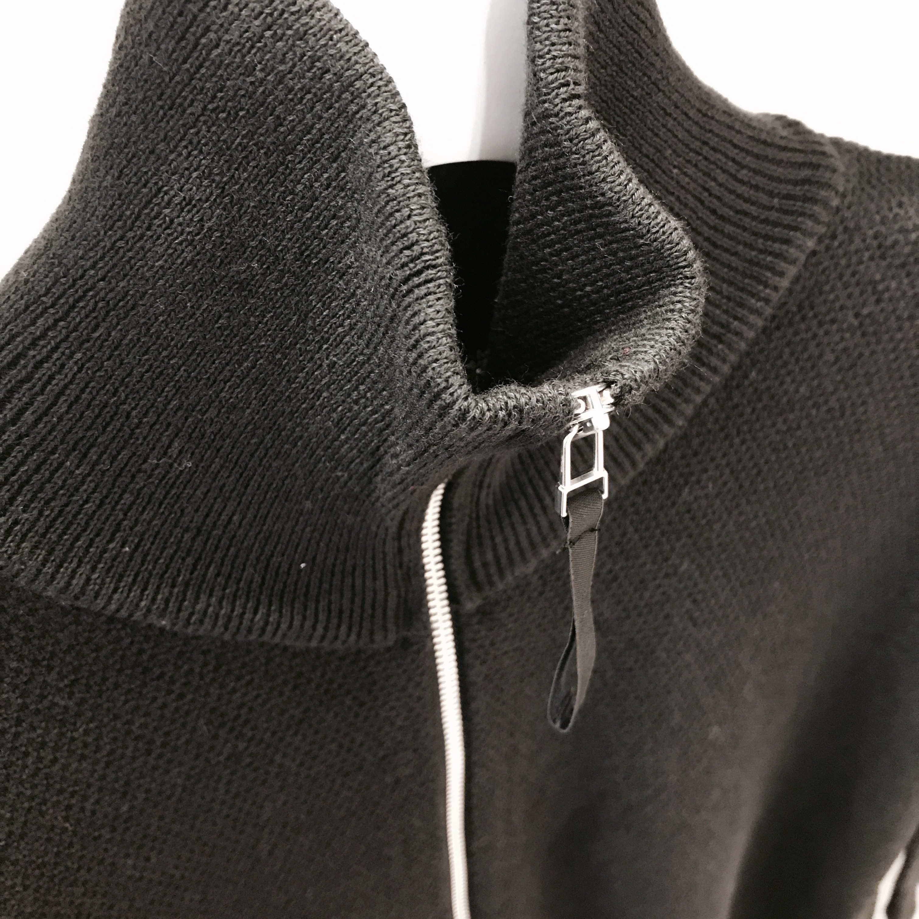 ROTOL HALF ZIP POCKET KNIT BLACK