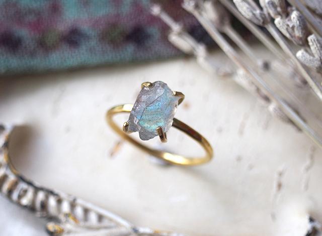 [一点物]原石のラブラドライトのリング