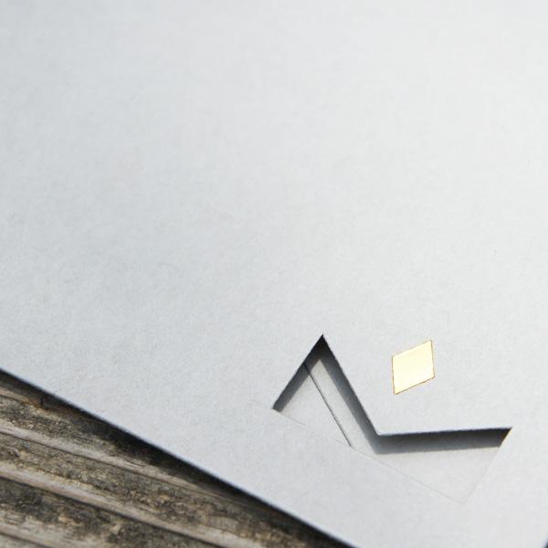 【シンプルライトグレー】カード付スタイリッシュ封筒 HSE01B