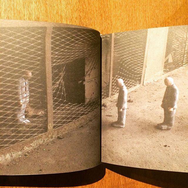 作品集「Cement Eclipses: Small Interventions in the Big City/Isaac Cordal」 - 画像3