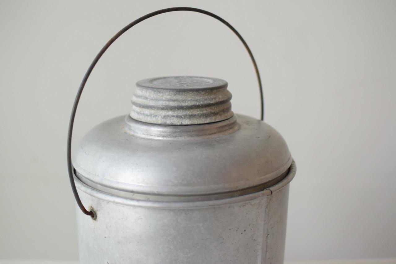 アルミケース付きガラスボトル