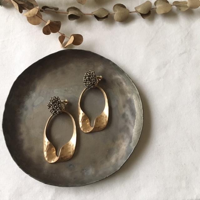 bronze beads ×import metal parts イヤリング 2way