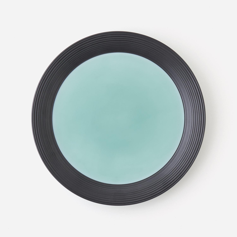 青磁黒彩 プレート皿  (約21.4cm)