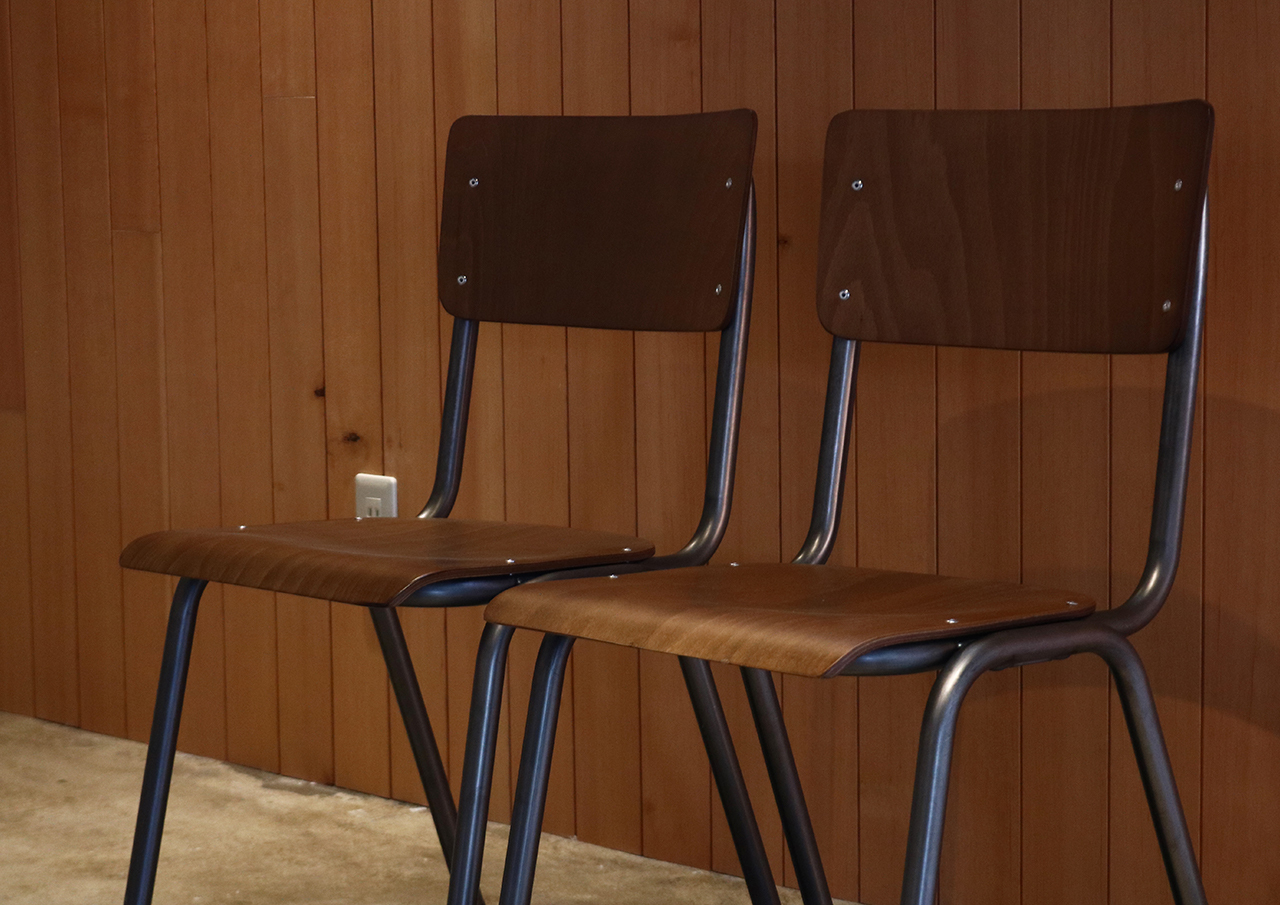 SUSY CHAIR 2脚セット[ 配送地域限定販売 ]