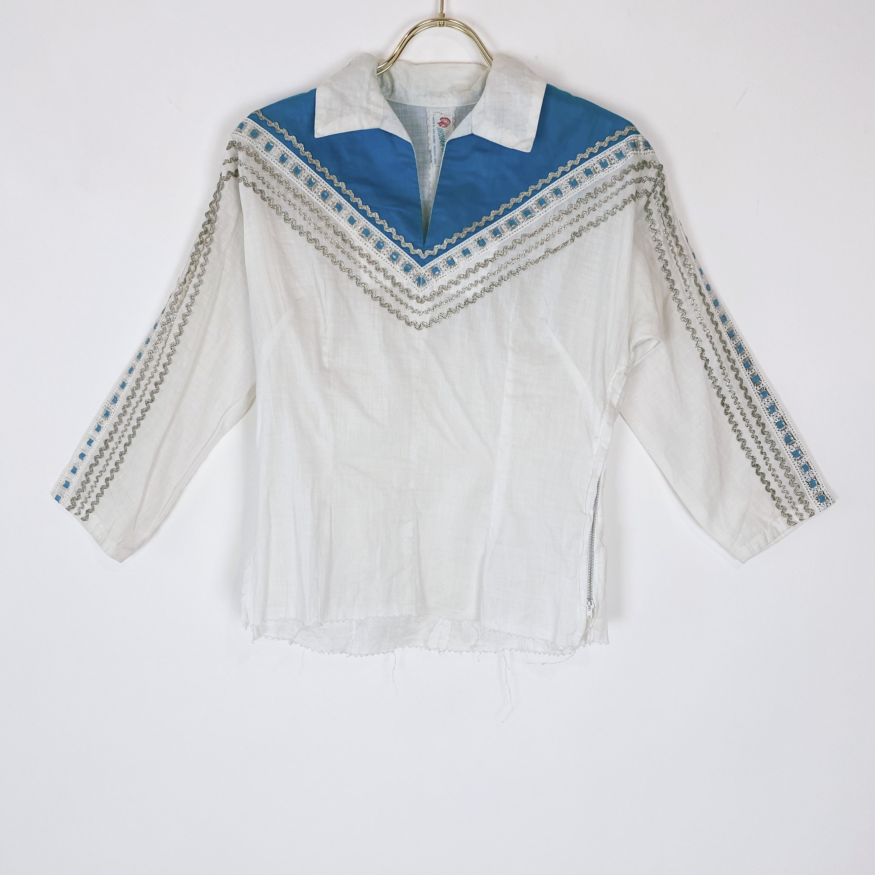 """◼︎50s vintage """"Indian store"""" blouse from U.S.A.◼︎"""