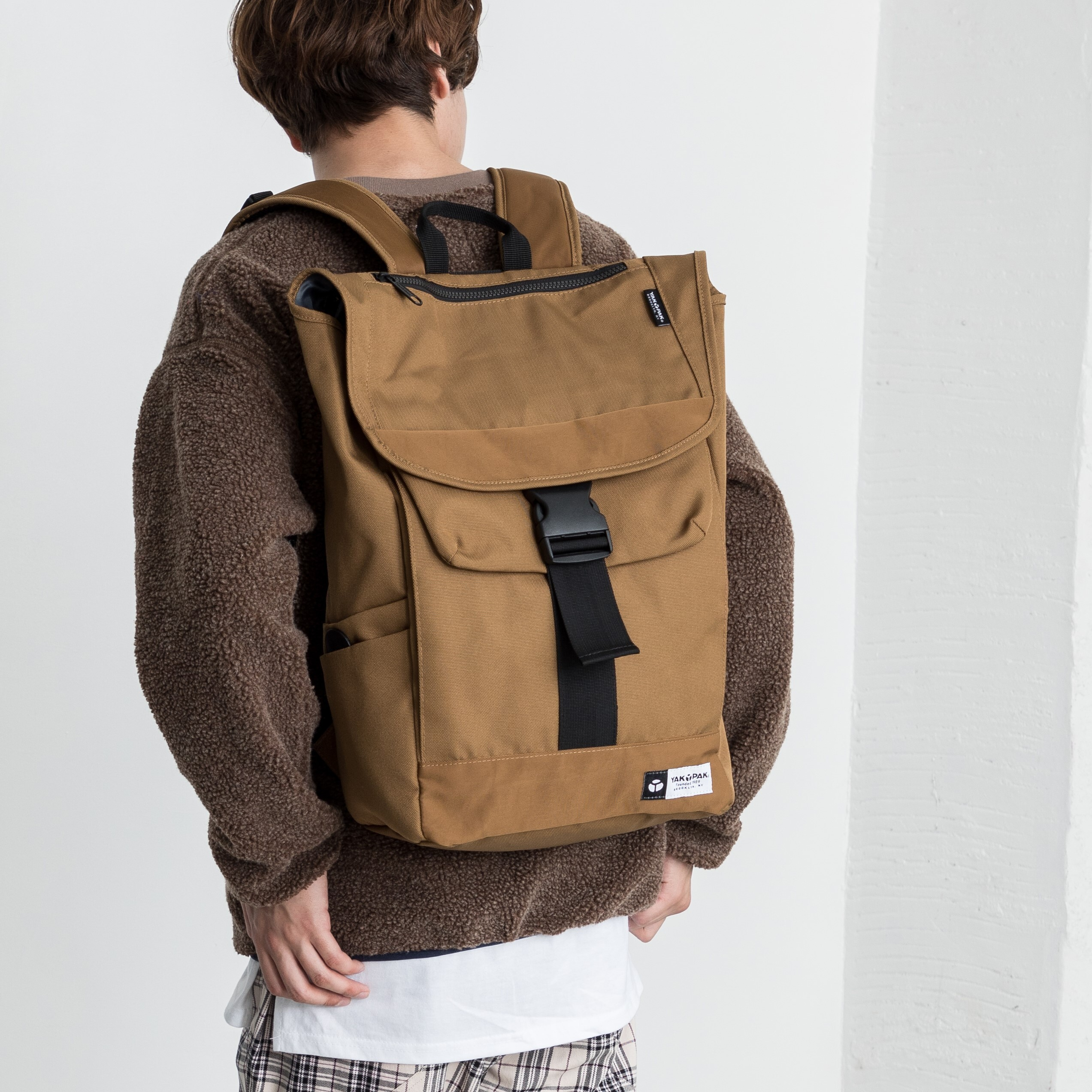【YAK PAK】WALTER FLAP BACKPACK NO9125354