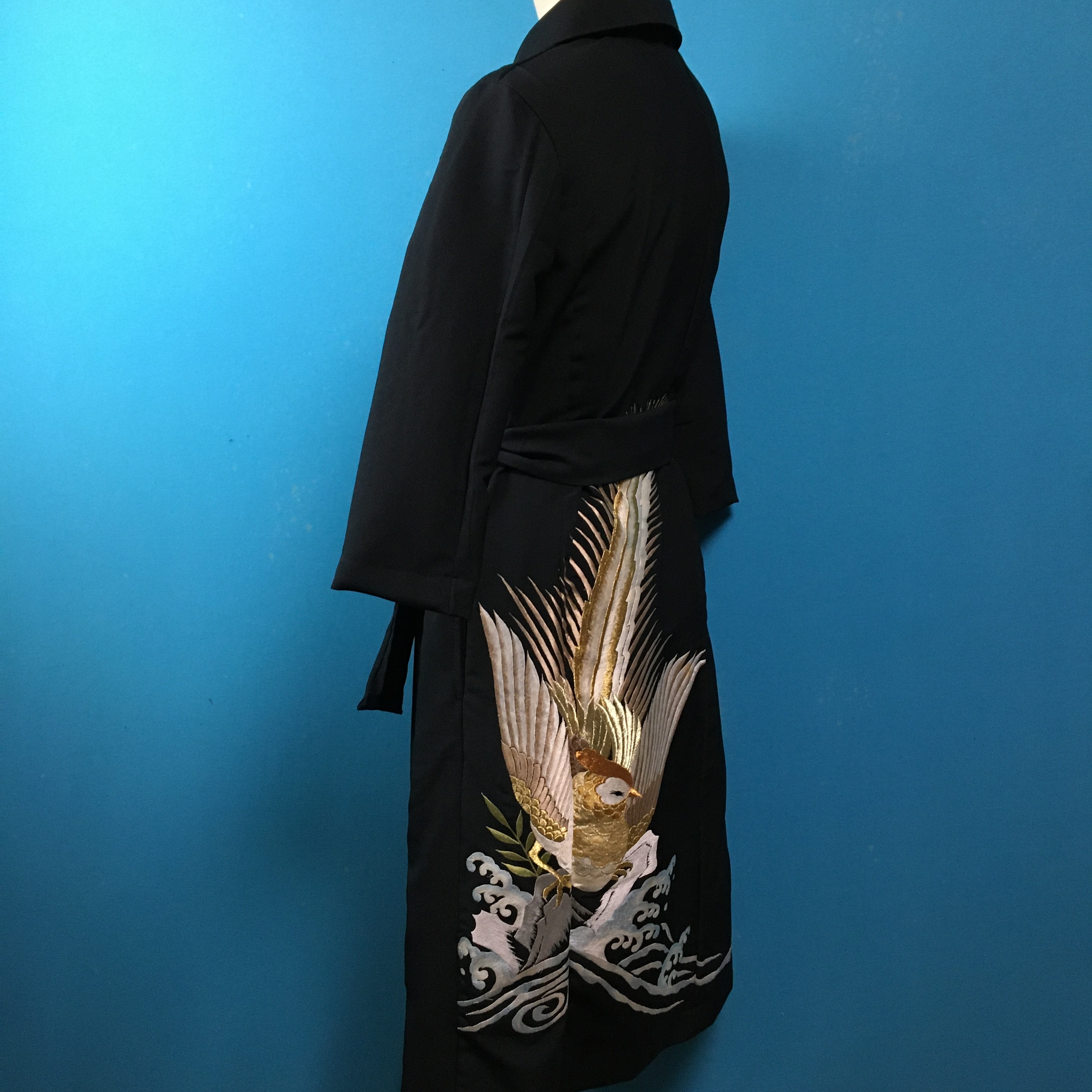 Vintage black 刺繍の着物