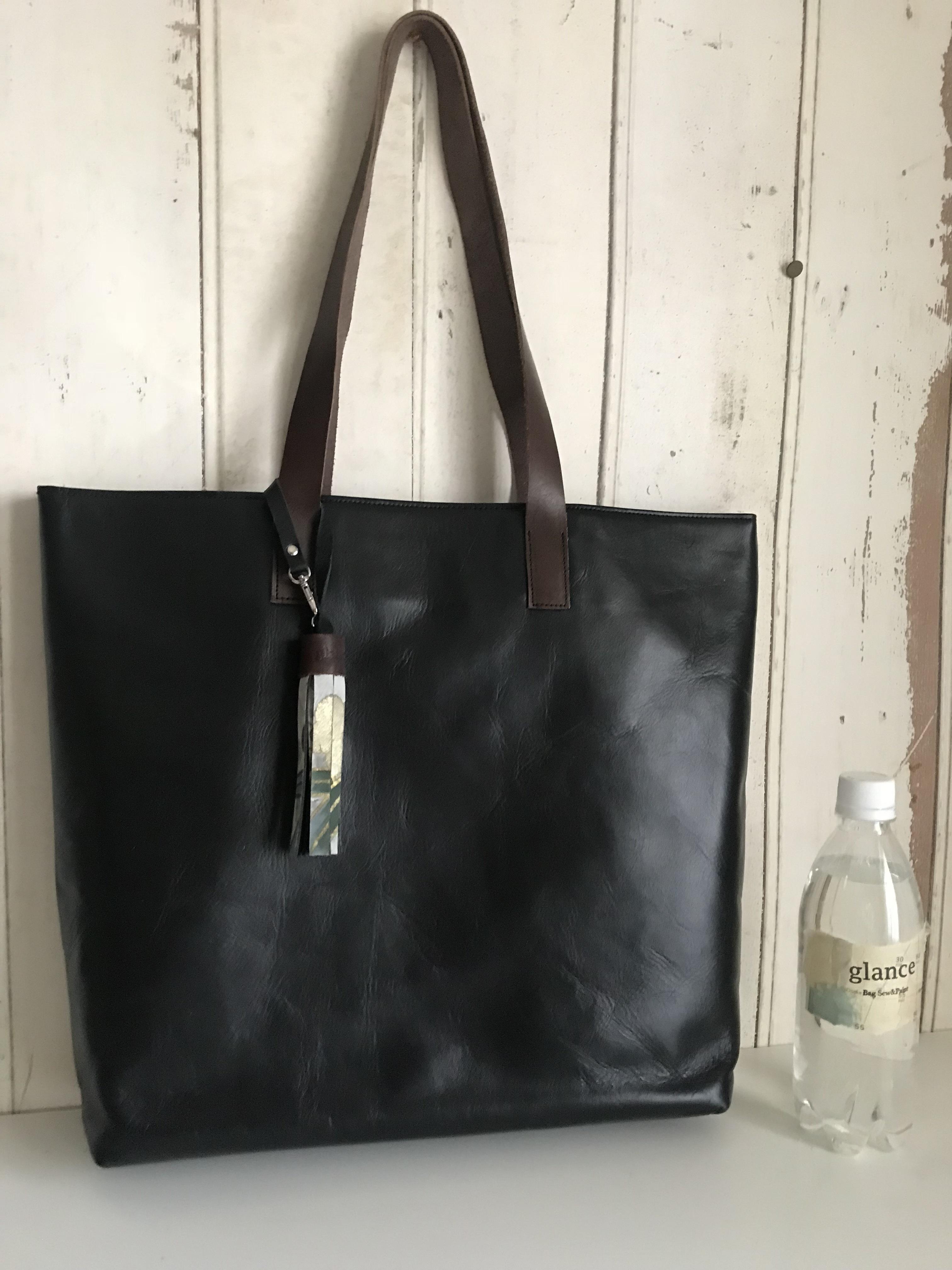 black leather bag  / crane(丹頂鶴)