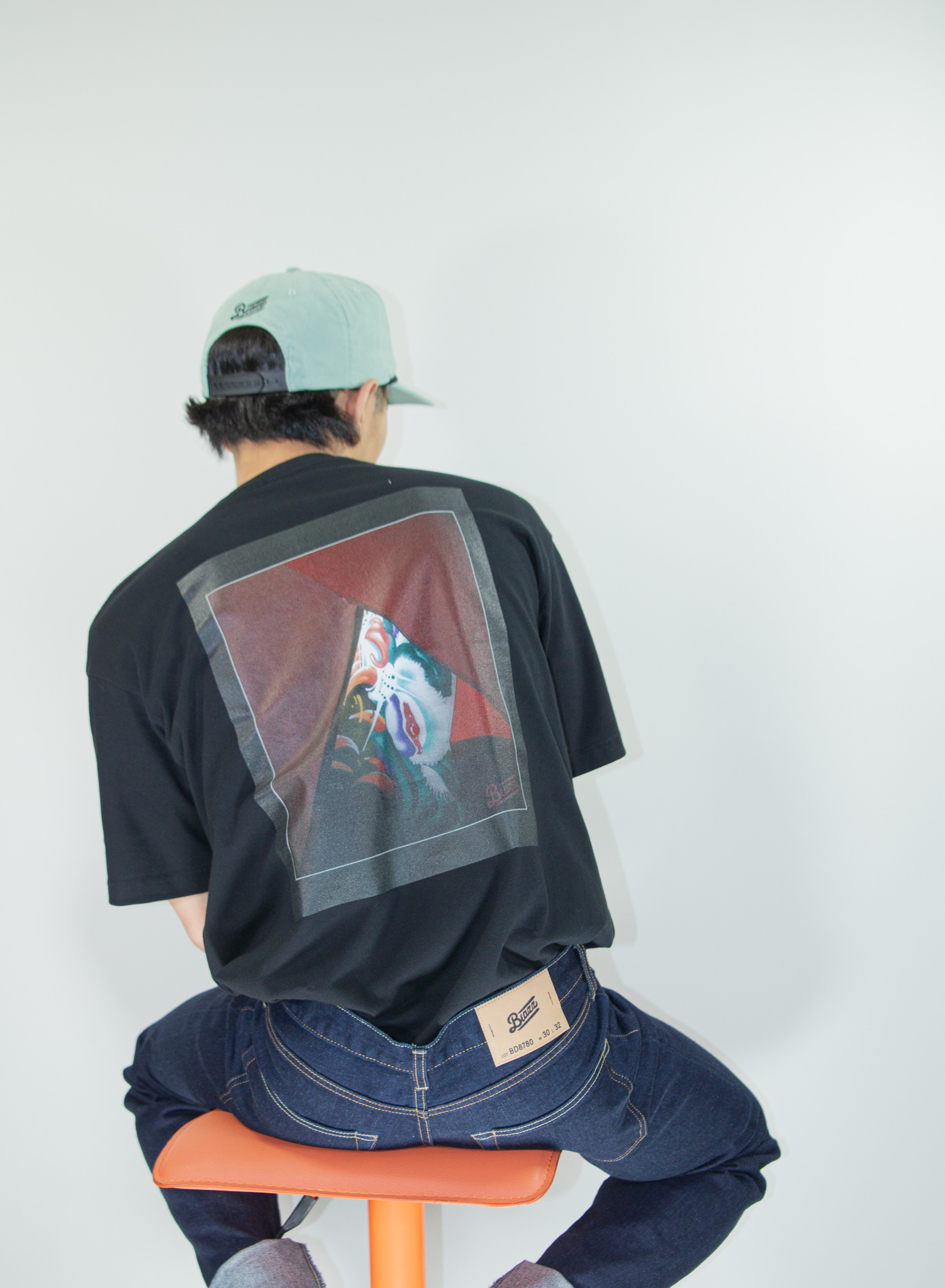 ATOMONE` BIG silhouette Pocket Tee [BLACK]