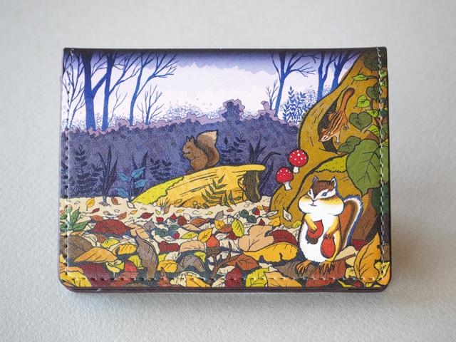 《送料無料/受注生産》リス達の住む森 カードケース