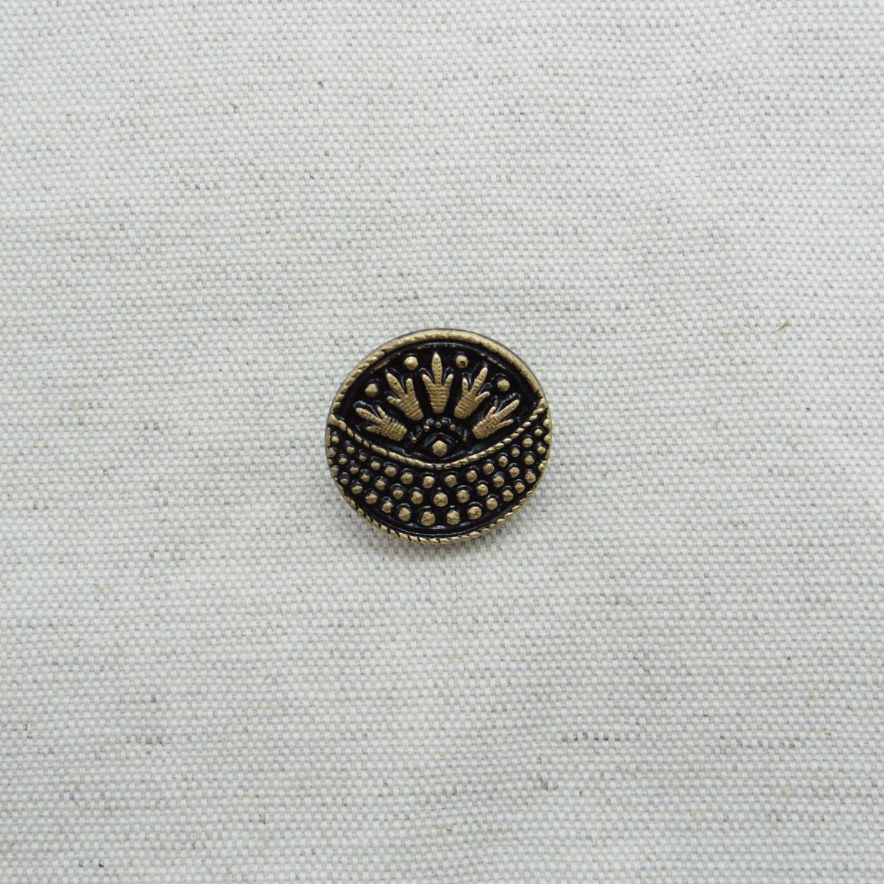 【チェコガラスボタン】フラワーバスケット・黒 ::: 中2.3cm