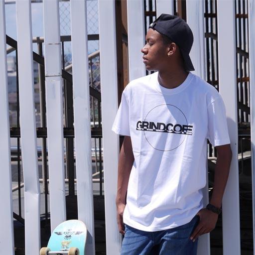 GRINDCORE Tシャツ ホワイト×ブラック