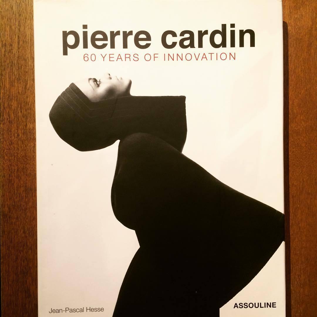 ピエール・カルダンの本「Pierre Cardin: 60 Years of Innovation」 - 画像1