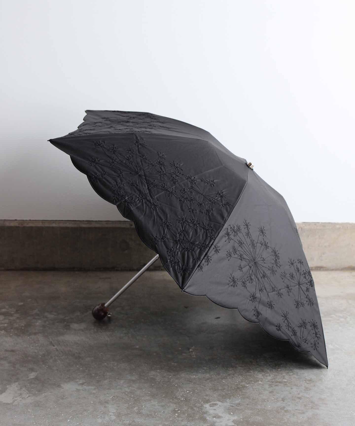 【フェンネル花刺繍】雨天兼用日傘 (折りたたみ)ブラック