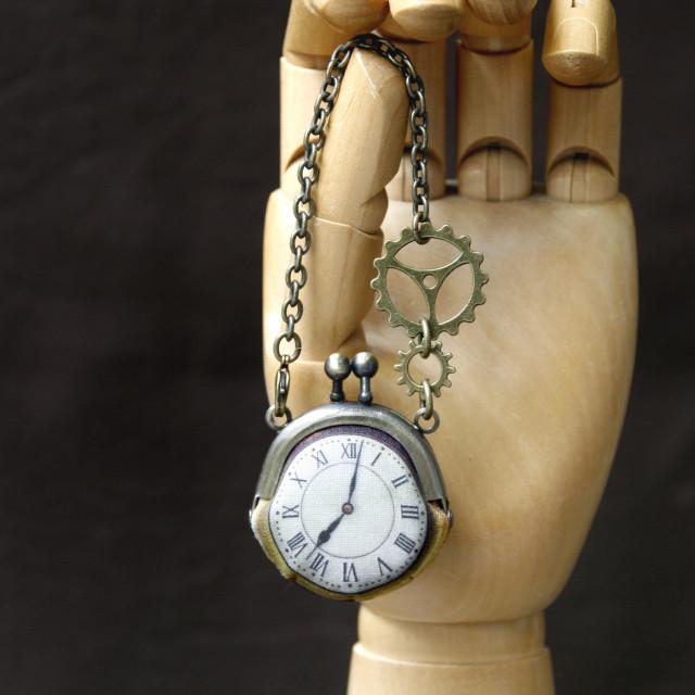 【即納】時計がま口ミニ 大きな歯車のバッグチャーム  ローマ数字古金時計 - 金星灯百貨店
