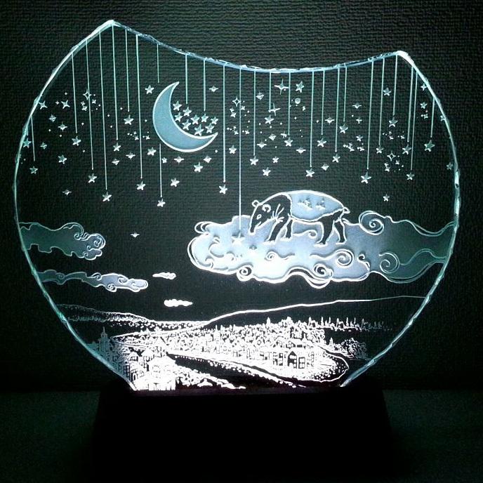 夢喰いバクの空中散歩 ガラスエッチングパネル Mサイズ・LEDスタンドセット(ランプ・ライト・照明)