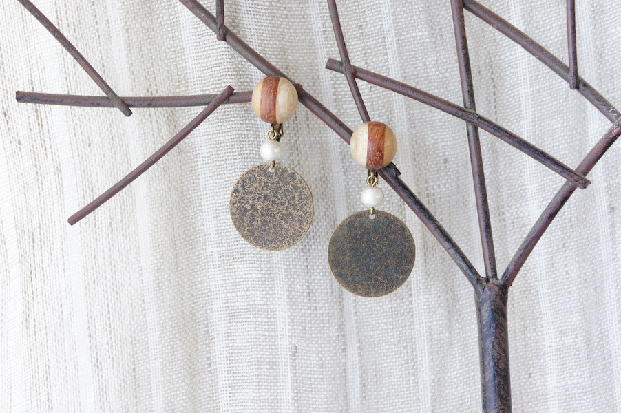 """木のいろ、寄せ木の耳飾り """" copper """" -コットンパール 07 イヤリング"""