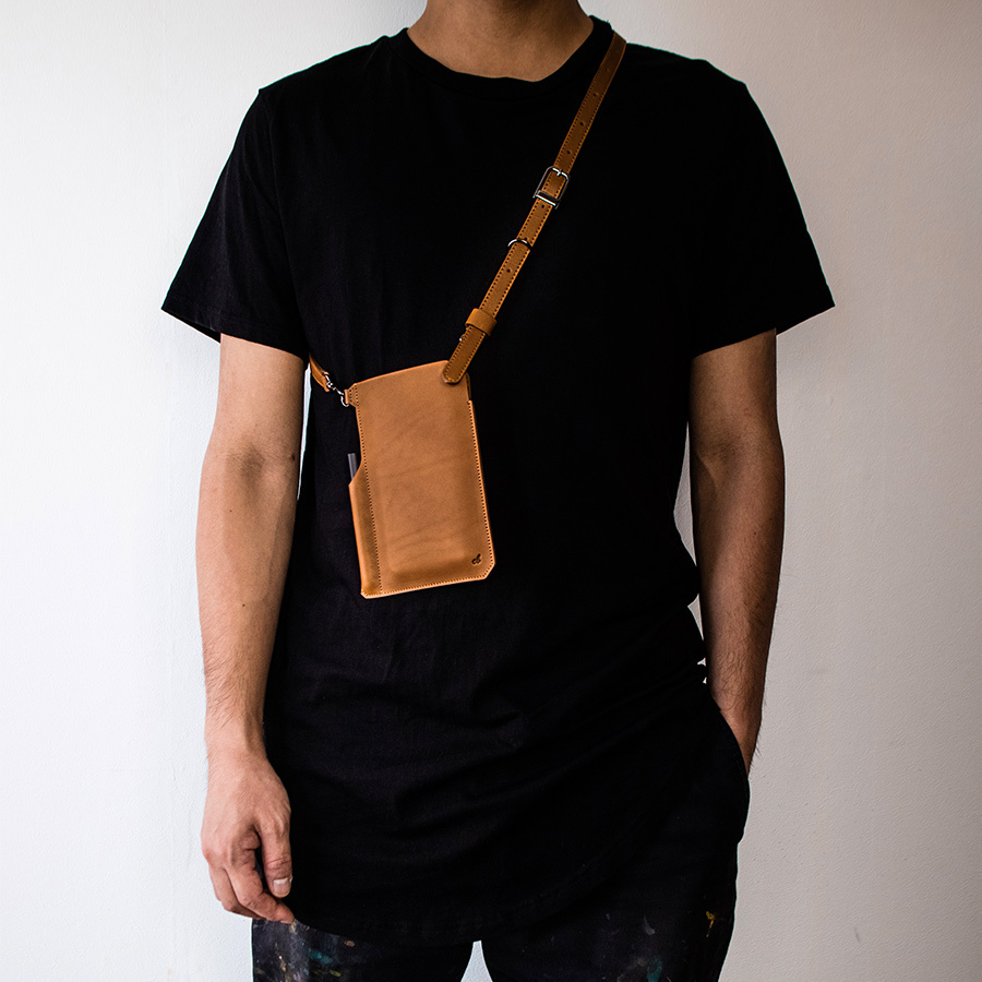本革スマートフォンポケットバッグ キャッシュレス 電子マネー 仮想通貨 SmartPhone Pocket Bag -Full Leather