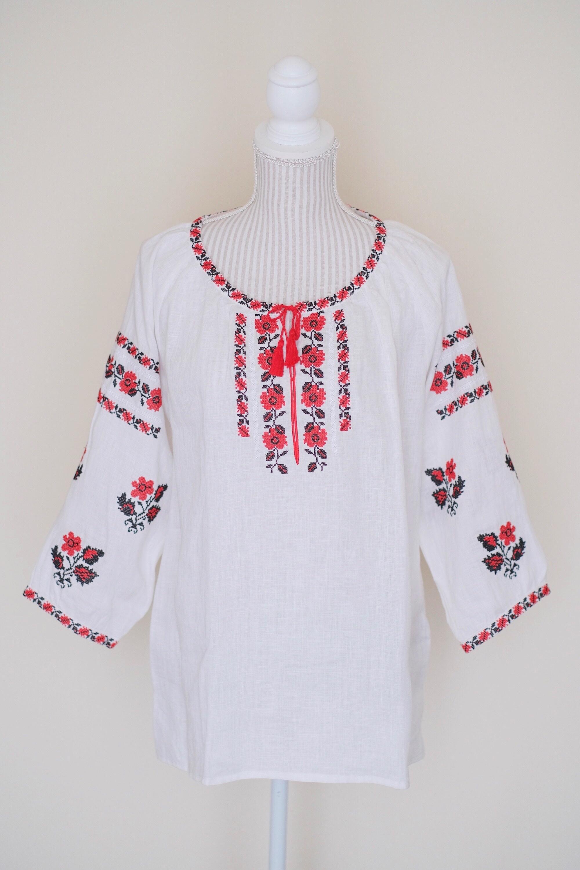 ウクライナ刺繍ブラウス