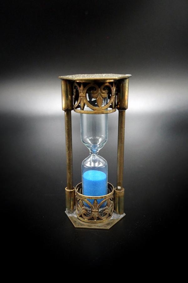Item No.348:Hourglass :3 minutes /BLUE