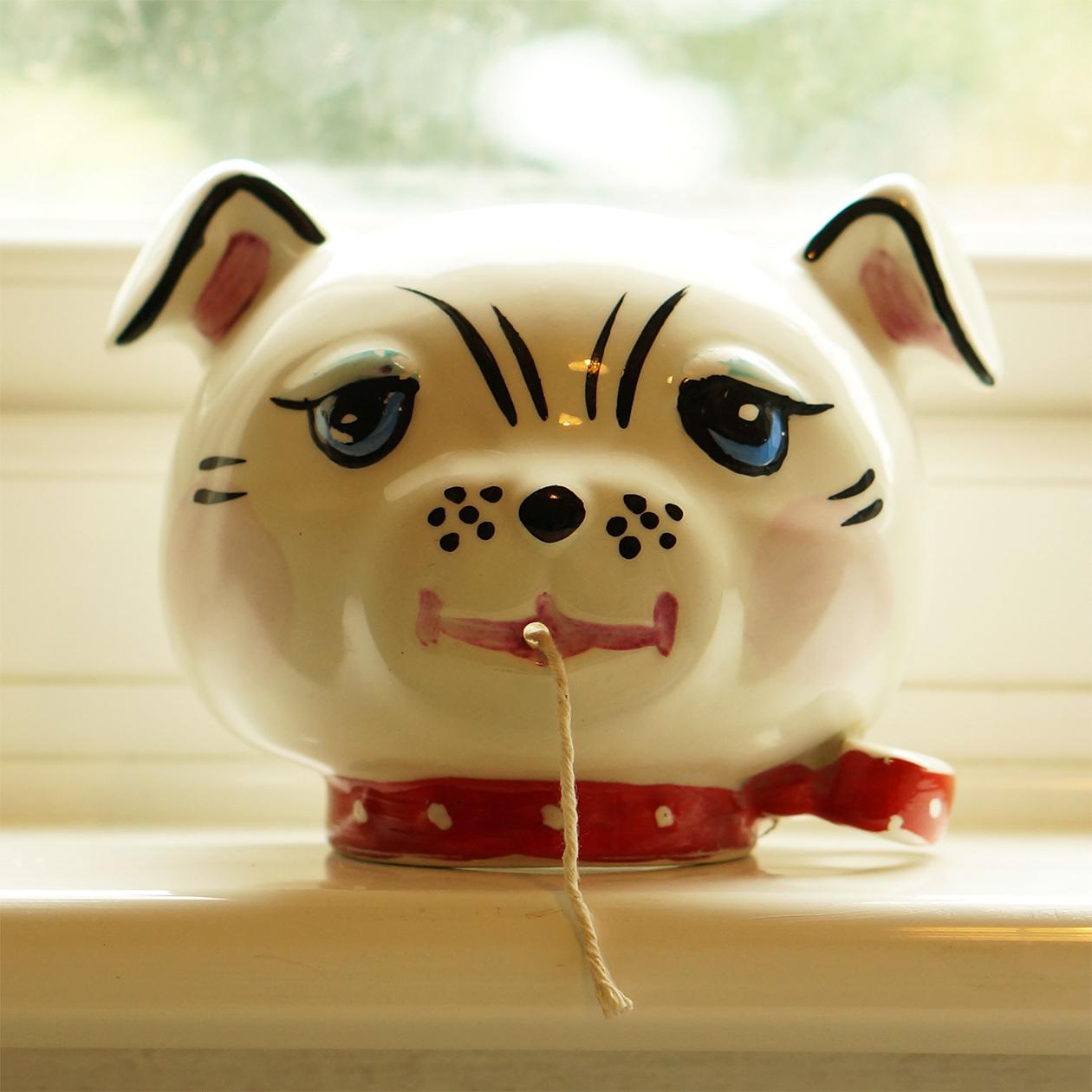 猫のディスペンサー