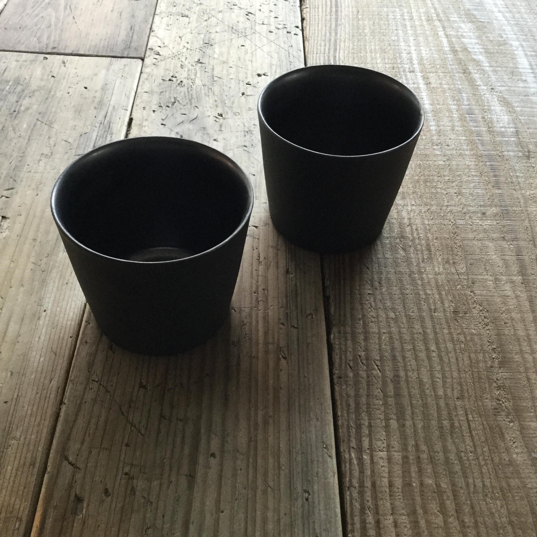 【内田裕太】 黒錆カップ φ8cm×h6.7cm  - 画像1