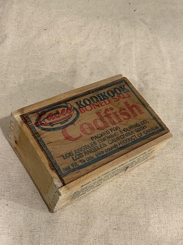 "FISH BOX "" KODIKOOK "" #3"