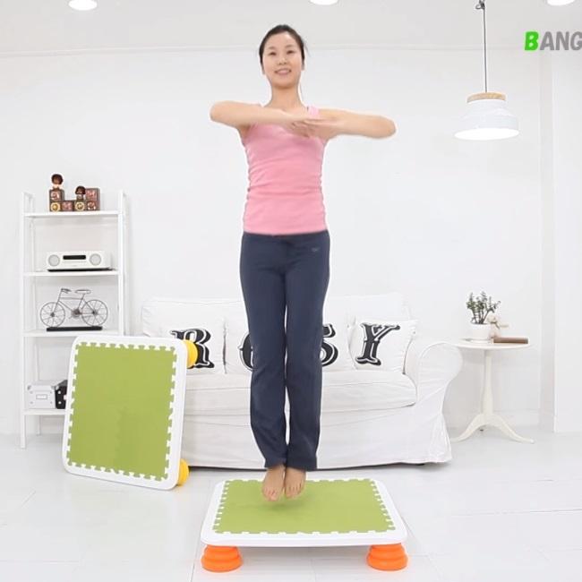 バンバンボード(緑色-ネイビー)一般用スプリング 安全 で 音が響きにくい 人気 の 室内・家庭用 の おすすめトランポリン Green-N プレゼント
