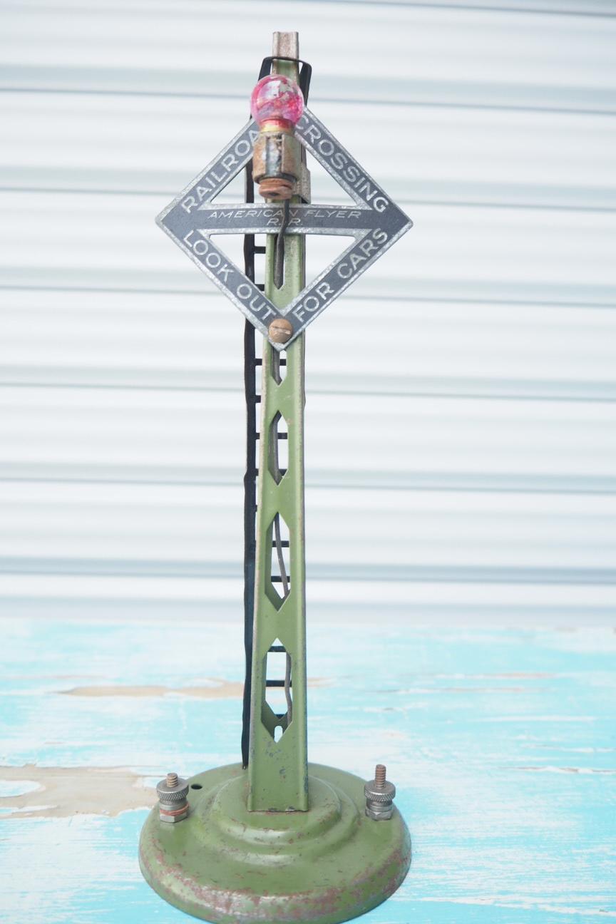 品番2899 USA鉄道踏切塔 手作り品