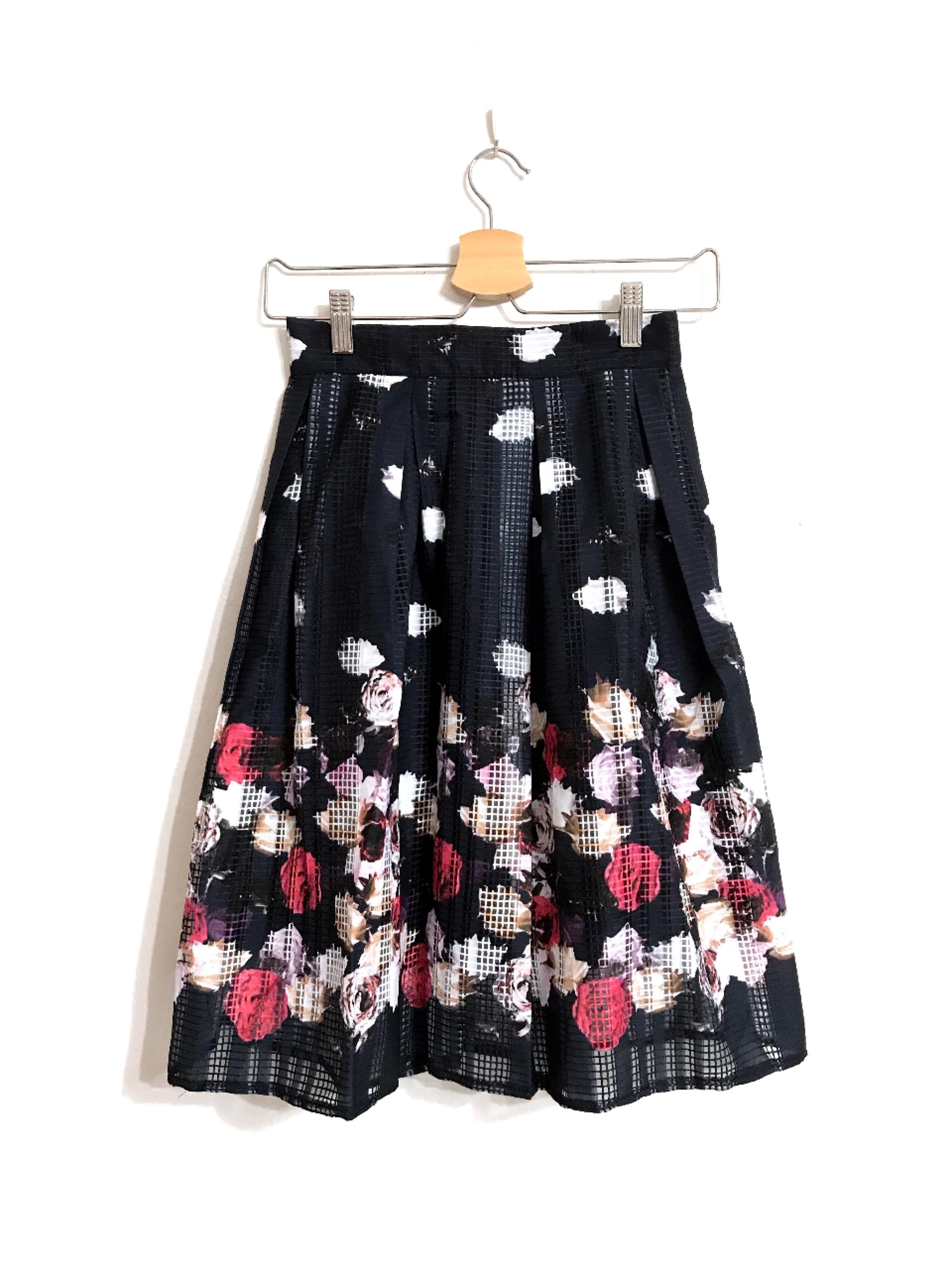 涼しげお花の格子柄スカート ダークネイビー