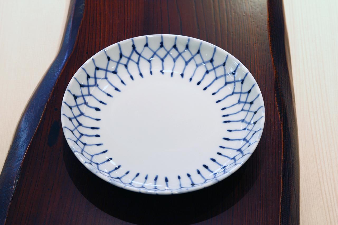 和格子 5寸皿 作・井手國博 与志郎窯(有田焼)