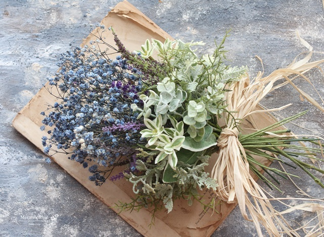 かすみ草(ブルー)とラベンダーのフロッキーブーケS&ブートニア