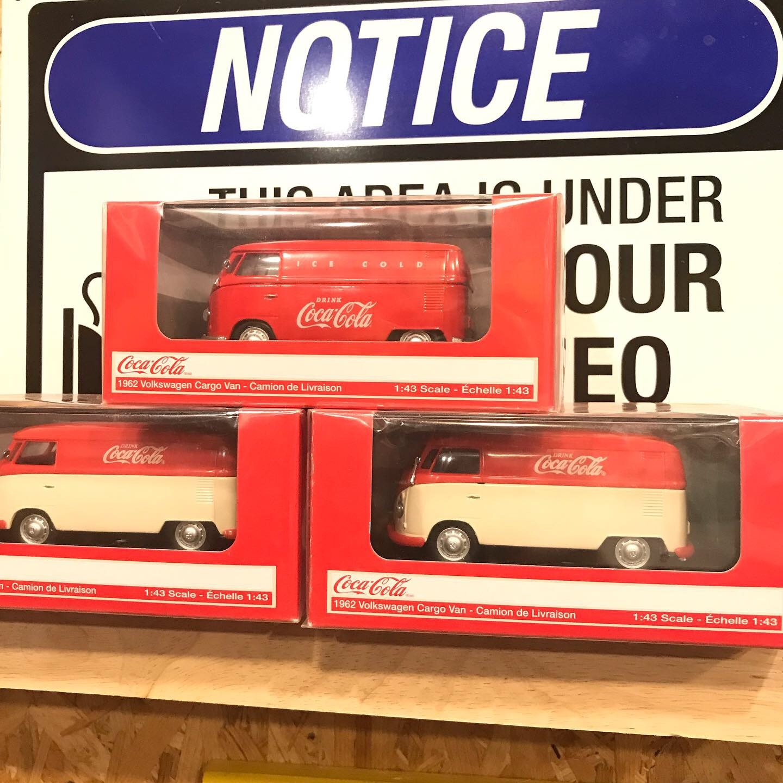 1:43 Coca-Cola VW Cargo Van Red/Cream