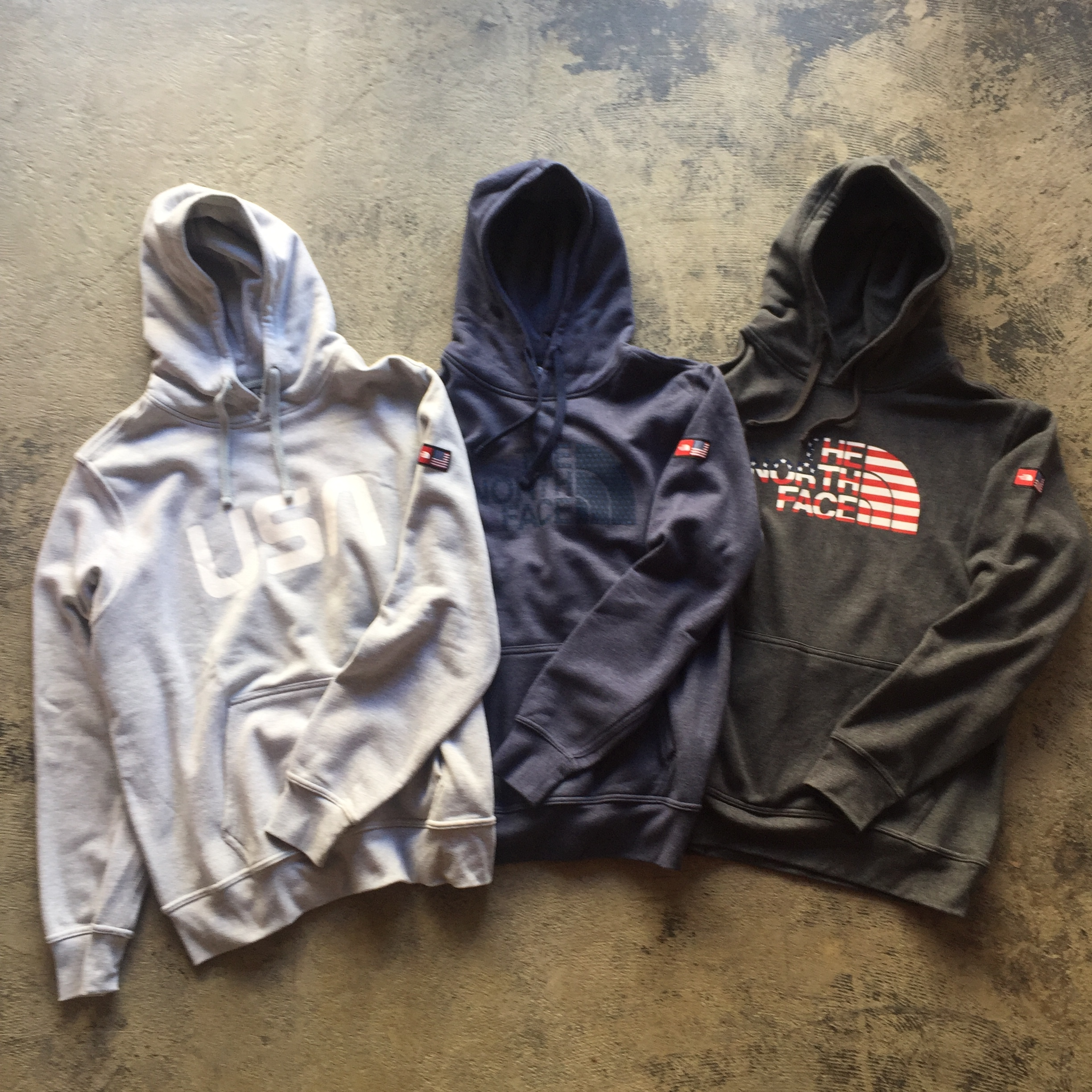 SALE★日本未発売★The North Face International Pack Hooded Sweatshirt
