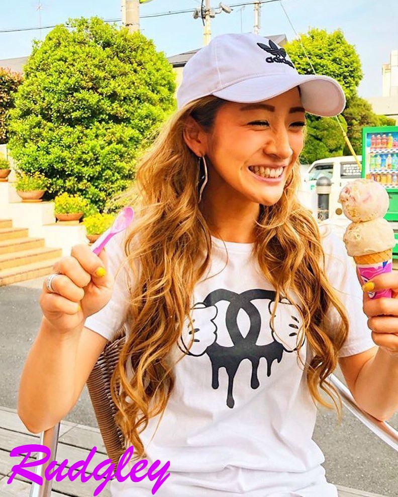 【早い者勝ち数量限定☆】海外セレブ愛用 パロディ オマージュ ポップTシャツ