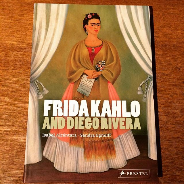 アートの本「Frida Kahlo and Diego Rivera」 - 画像1