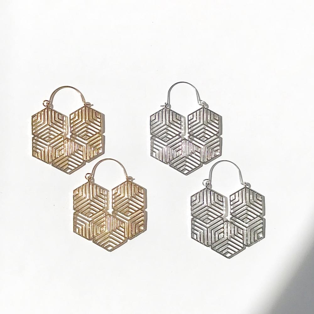 P1043 - Honeycomb