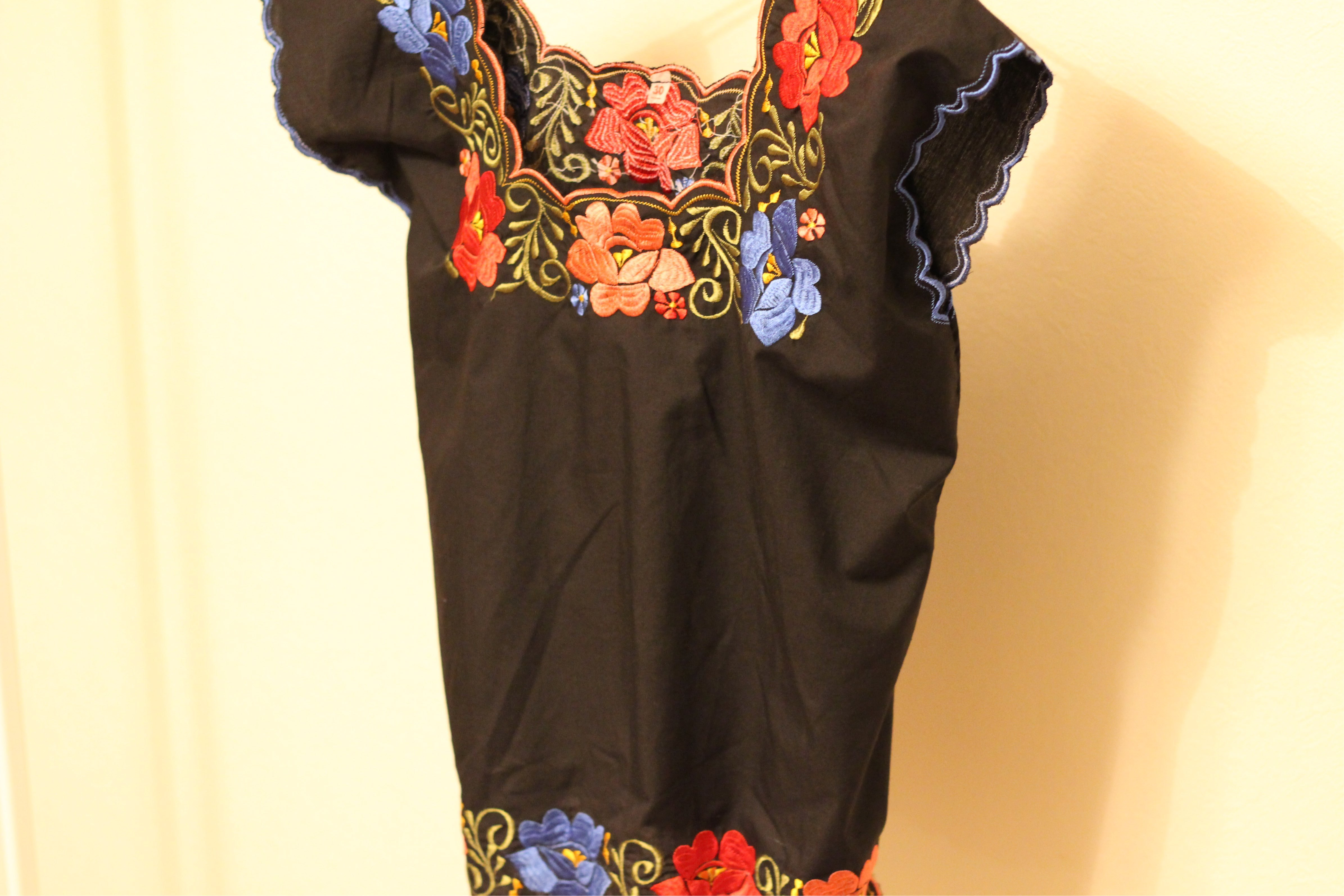 Black flower tops