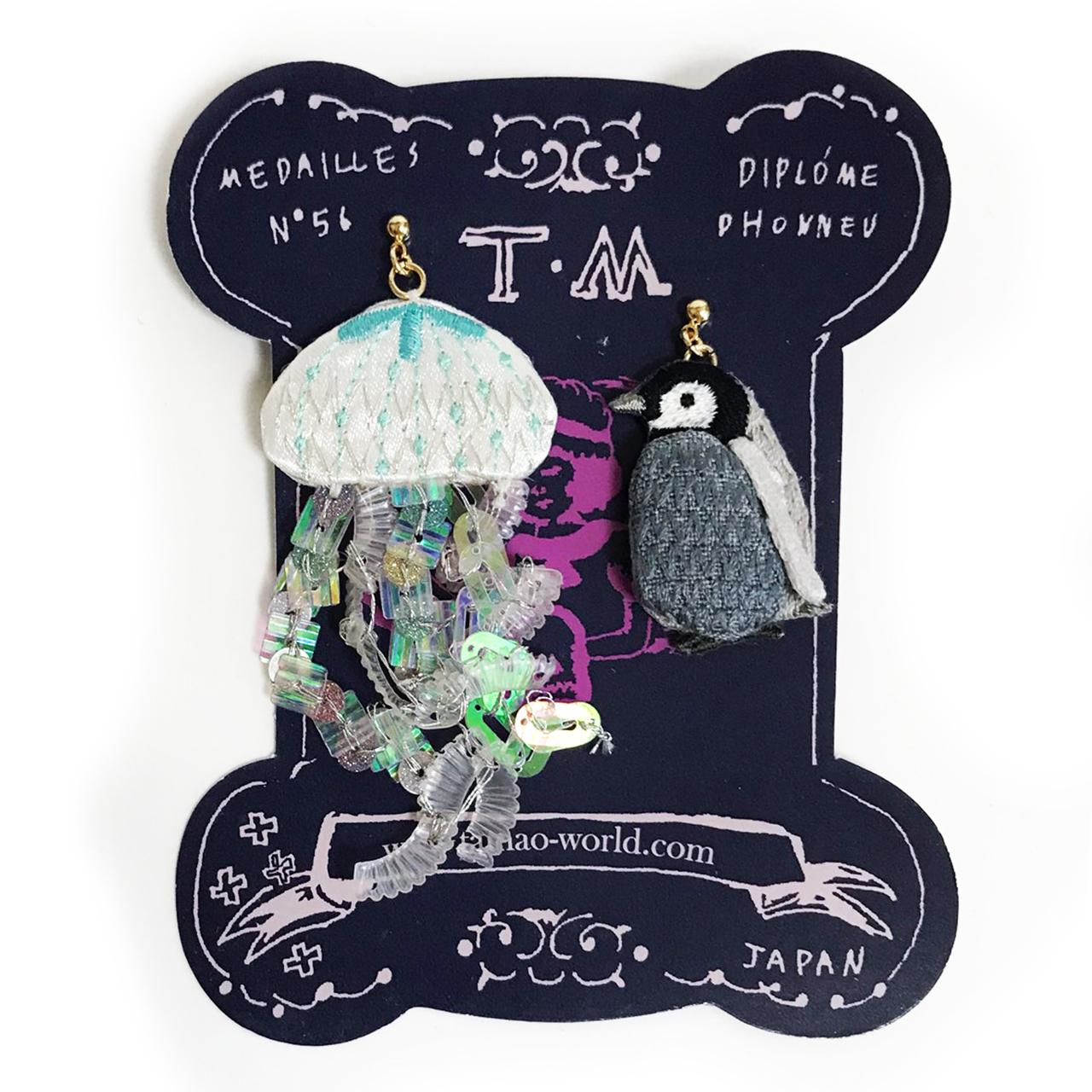 刺繍ピアス Jellyfish and child penguin