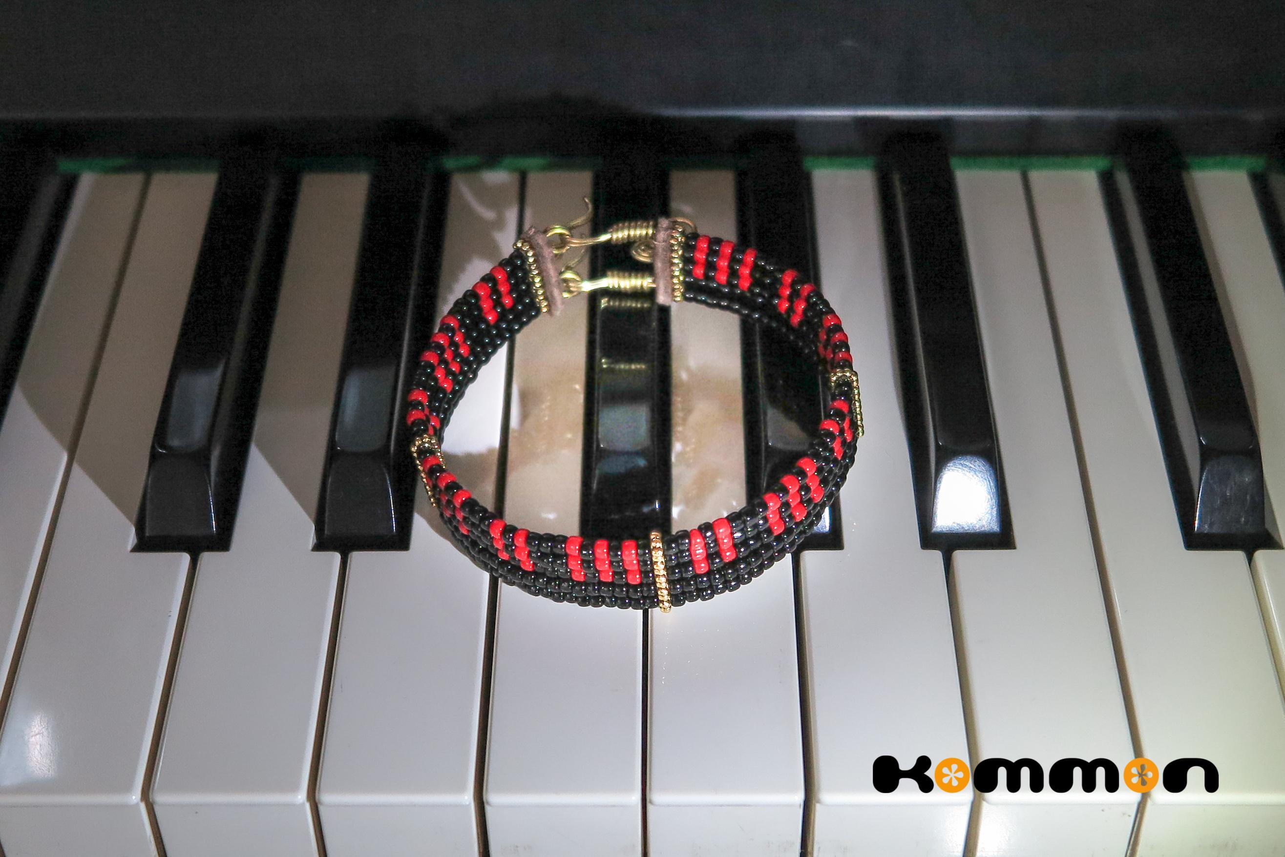 *microKORG風ピアノ鍵盤うでわ