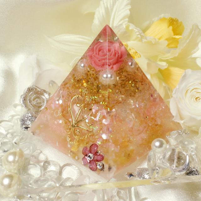 ドリームピラミッド(薔薇) - 画像1