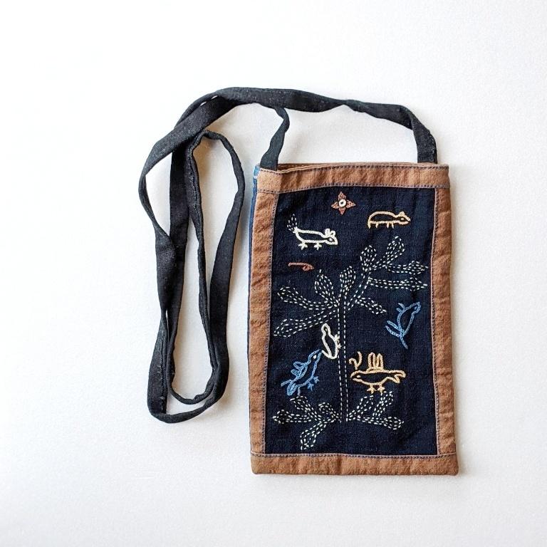 ラオス レンテン族の藍染め手刺繍ポシェット 小