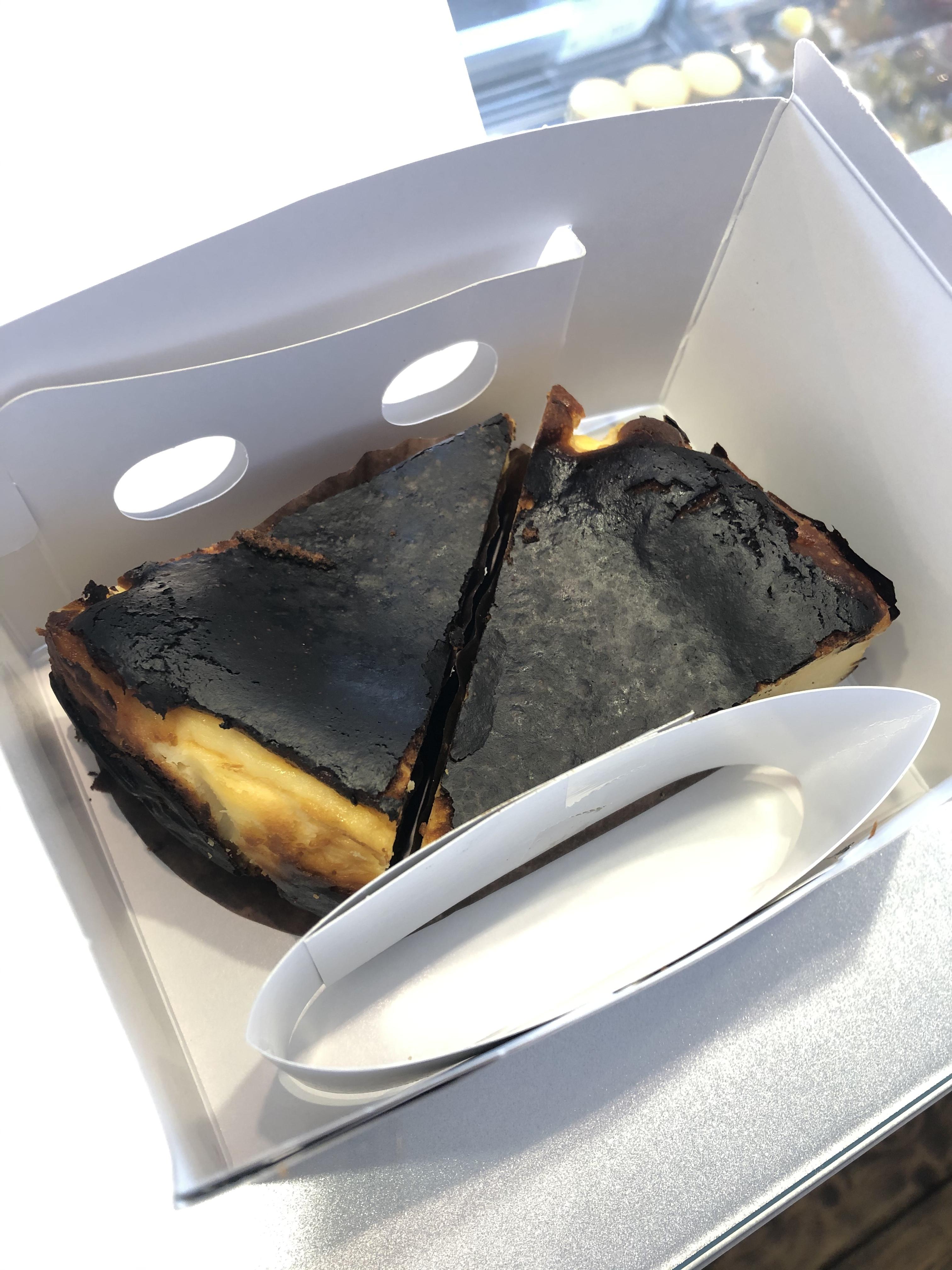 ケーキ2切セット:バスクチーズケーキ2切